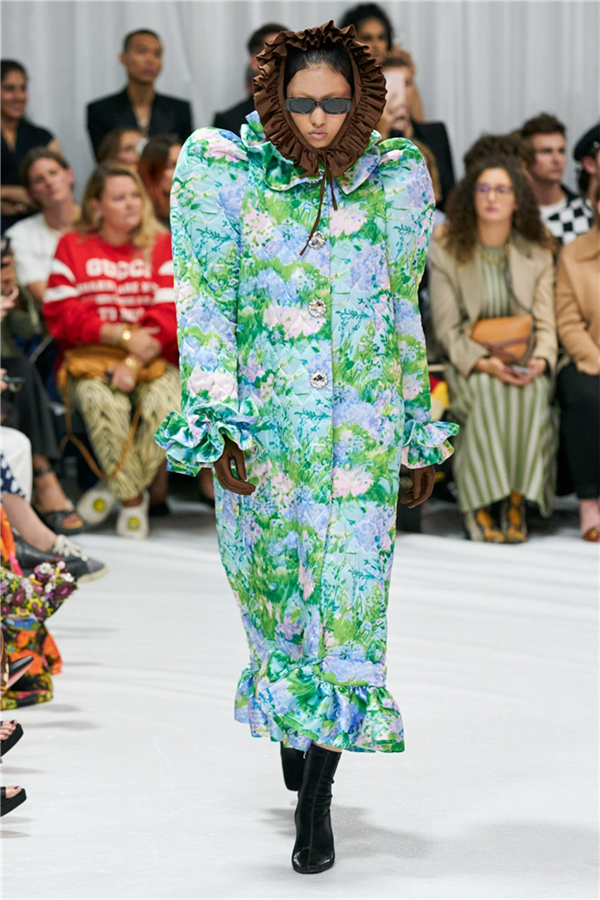 Richard Quinn İlkbahar/ Yaz 2022 Koleksiyonu - Richard Quinn İlkbahar/ Yaz 2022 Koleksiyonu