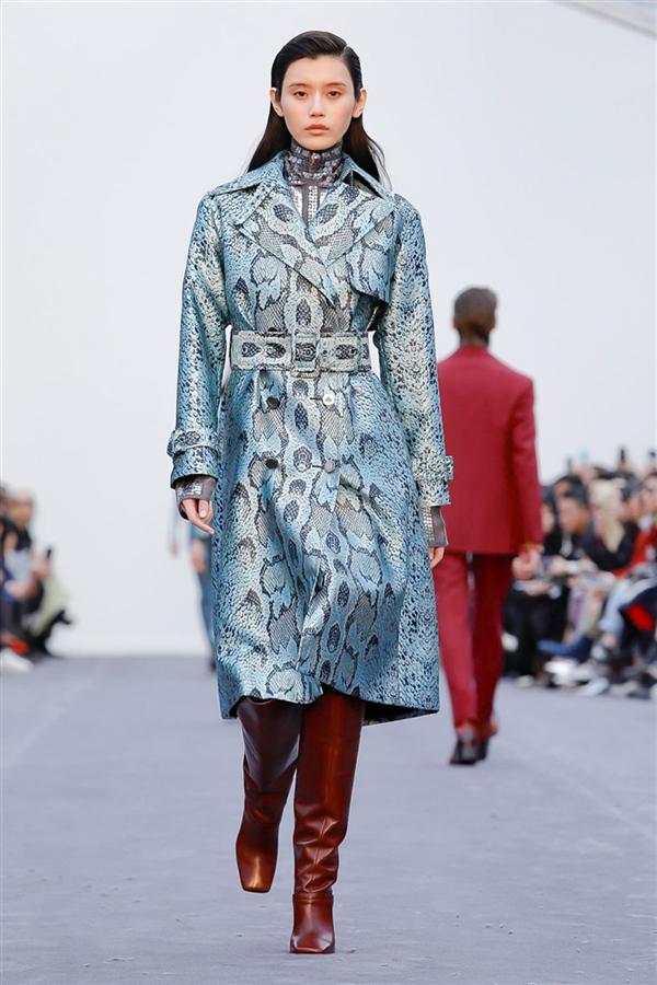 Roberto Cavalli'nin Büyüleyen Sonbahar/Kış 2019 Koleksiyonu