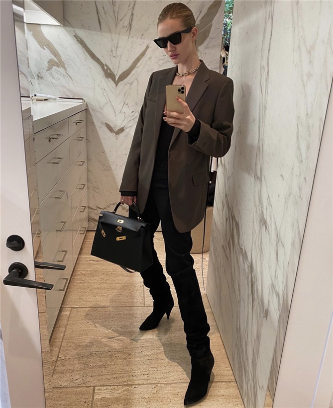 Rosie Huntington-Whiteley'nin Kış Stilinden İlham Alın - Rosie Huntington-Whiteley'nin Kış Stilinden İlham Alın