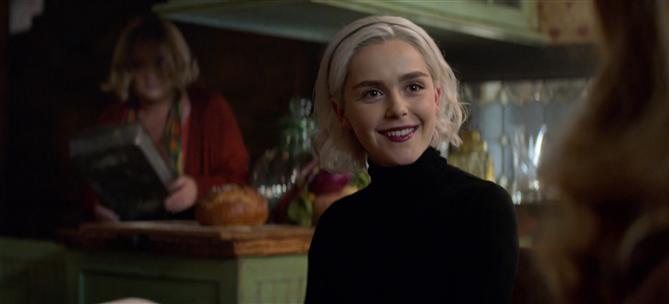 Sabrina'nın Makyaj ve Güzellik Sırlarının Peşindeyiz!
