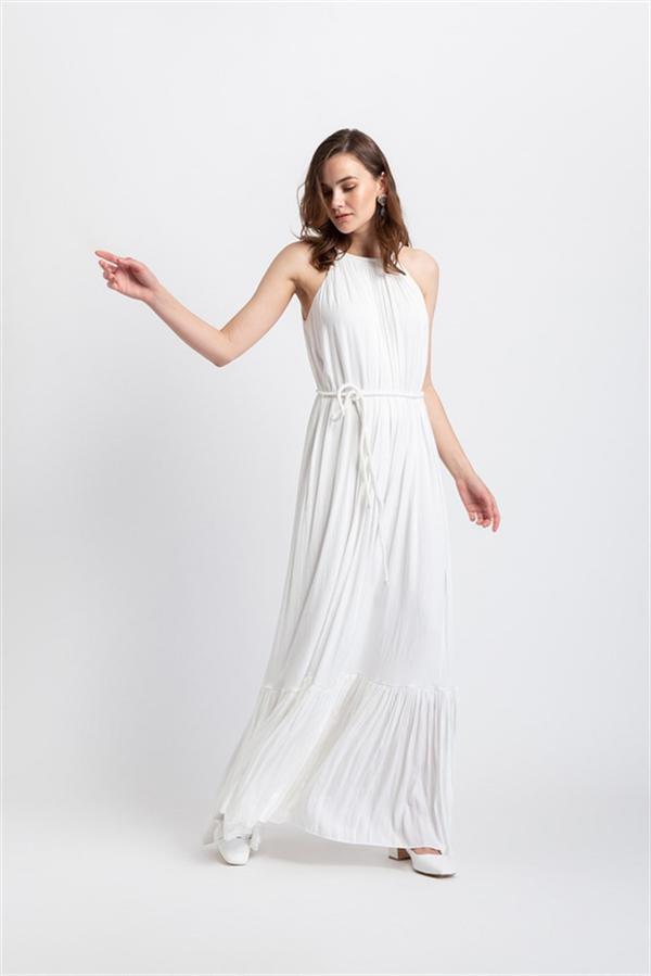 Save The Date Fotoğraf Çekiminde Giyebileceğiniz 20 Beyaz Elbise