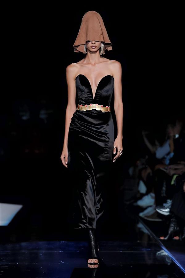 Schiaparelli Couture Sonbahar/Kış 2019