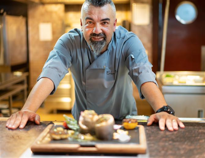 Şef Erkan Yeşil ile Mutfak Üzerine Keyifli Bir Söyleşi - Şef Erkan Yeşil ile Mutfak Üzerine Keyifli Bir Söyleşi