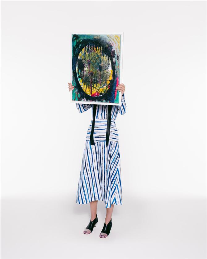 Simli Tablolardan Tasarıma: Christopher Kane İlkbahar/Yaz 2021 Koleksiyonu