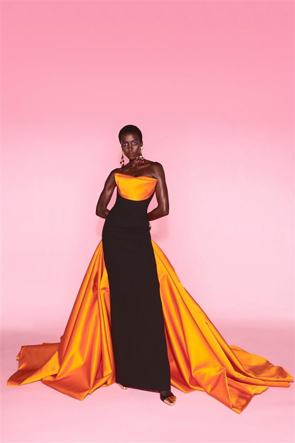 Sıra Dışı Bir Koleksiyon: Schiaparelli Sonbahar/Kış 2021-22 Haute Couture - Sıra Dışı Bir Koleksiyon: Schiaparelli Sonbahar/Kış 2021-22 Haute Couture