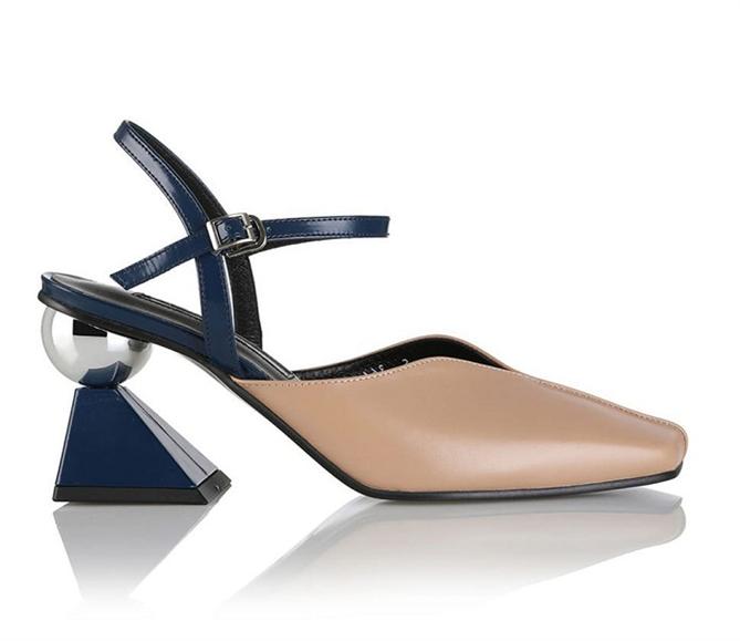 Sıra Dışı Topuklarıyla Kalbinizi Çalacak Ayakkabılar