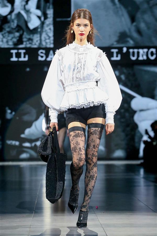 Siyahın Cezbeden Hali: Dolce & Gabbana Sonbahar/Kış 2020 Koleksiyonu