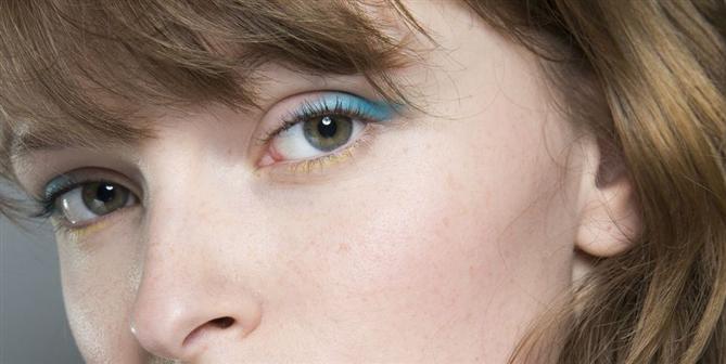 Sonbahar 2018 Defilelerindeki Dikkat Çeken Göz Makyajları