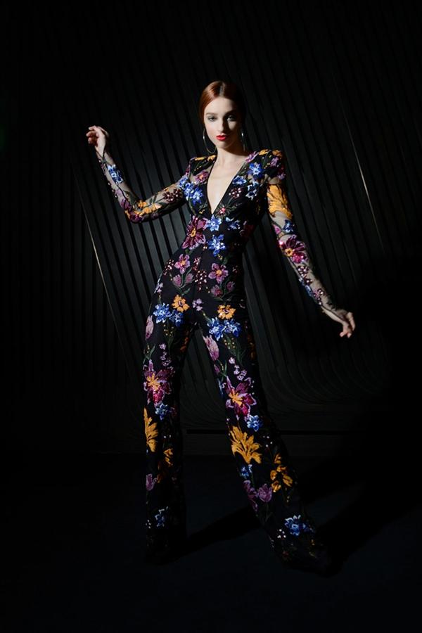 Sonsuz Işıltı ve Renk: Naeem Khan Sonbahar/ Kış 2021 Koleksiyonu - Sonsuz Işıltı ve Renk: Naeem Khan Sonbahar/ Kış 2021 Koleksiyonu