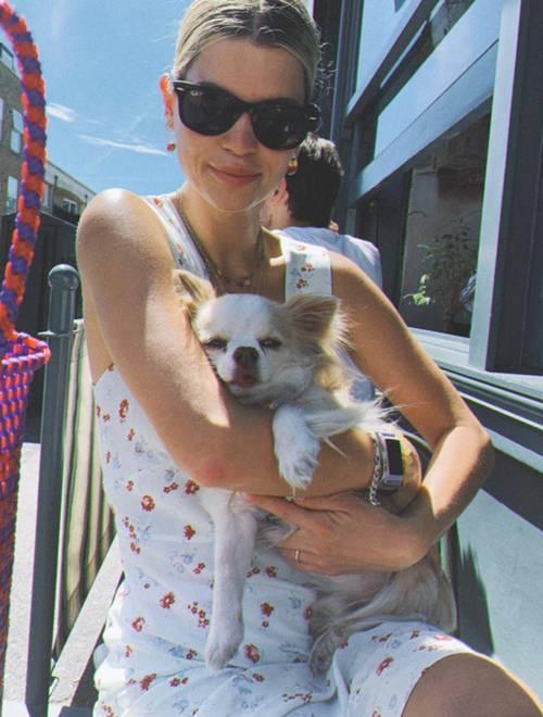 Stil Dosyası: Pixie Geldof'un İlham Verici Rahat ve Havalı Stili - Stil Dosyası: Pixie Geldof'un İlham Verici Rahat ve Havalı Stili