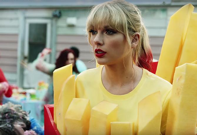 Taylor Swift'in Son Klibinden Akıllara Kazınacak Güzellik Anları