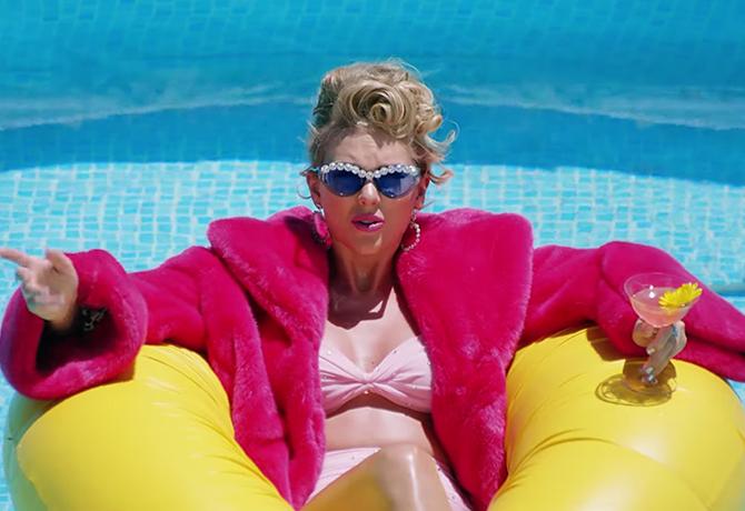 Taylor Swift'in Son Klibinden Akıllara Kazınacak Güzellik Anları - Taylor Swift'in Son Klibinden Akıllara Kazınacak Güzellik Anları