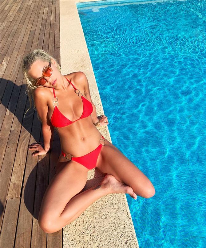 Tercihleriyle 2019 Bikini Trendlerine Yön Veren Ünlüler - Tercihleriyle 2019 Bikini Trendlerine Yön Veren Ünlüler