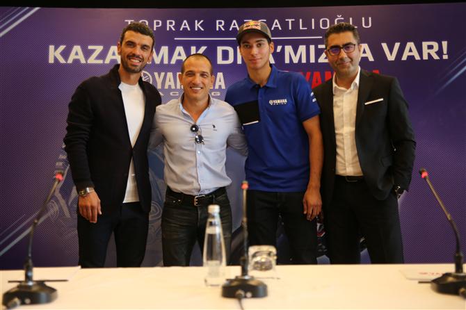 Toprak Razgatlıoğlu Yamaha Takımında Yeni Şampiyonluklara Hazırlanıyor - Toprak Razgatlıoğlu Yamaha Takımında Yeni Şampiyonluklara Hazırlanıyor
