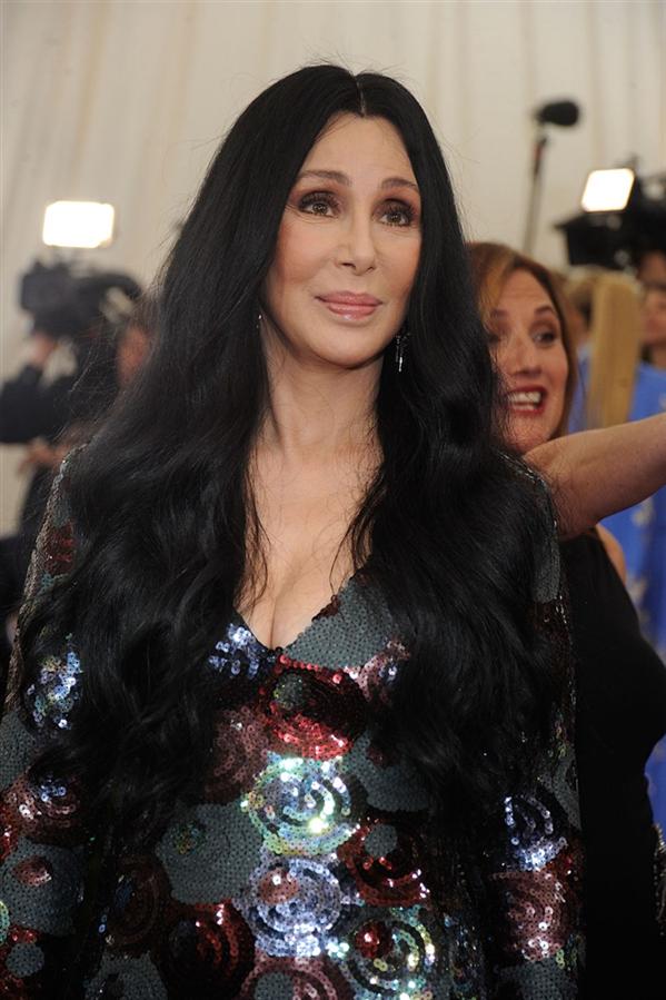 #TrendusTBT: Cher'in Saç Evrimi - #TrendusTBT: Cher'in Saç Evrimi