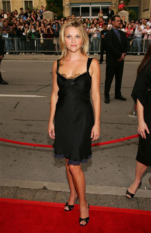 #TrendusTBT: Geçmişten Günümüze Reese Witherspoon'un Stil Görünümleri