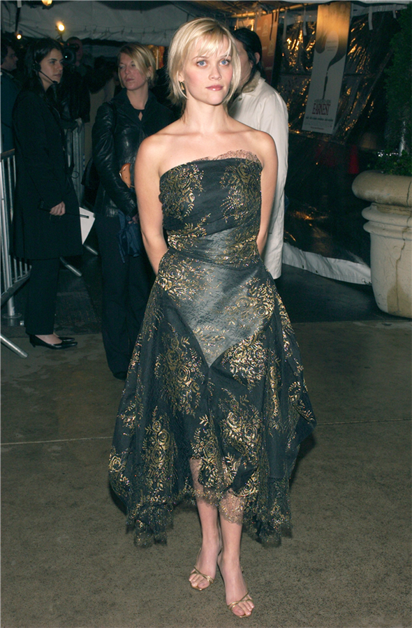 #TrendusTBT: Geçmişten Günümüze Reese Witherspoon'un Stil Görünümleri - #TrendusTBT: Geçmişten Günümüze Reese Witherspoon'un Stil Görünümleri
