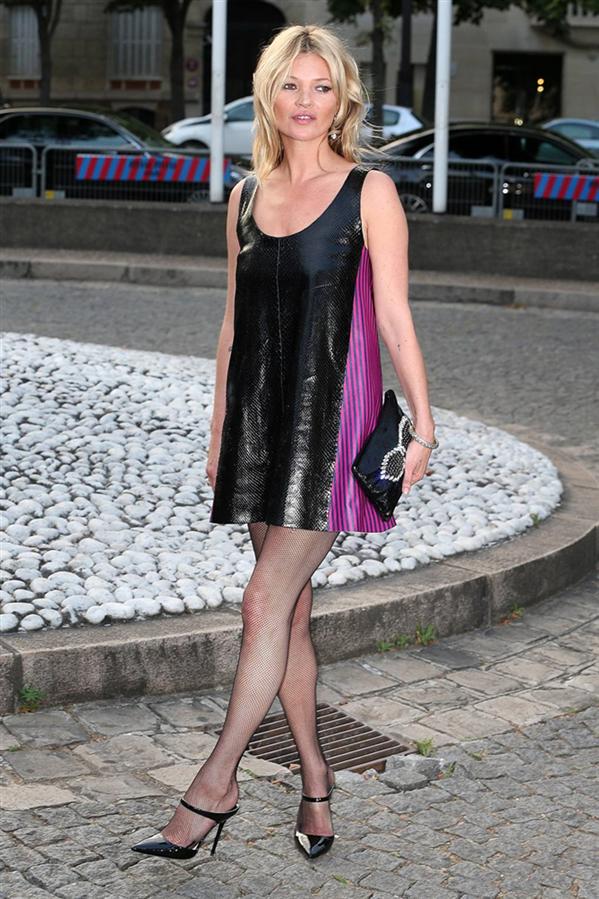 #TrendusTBT: İkon İsim Kate Moss'un En Şık Görünümleri - #TrendusTBT: İkon İsim Kate Moss'un En Şık Görünümleri