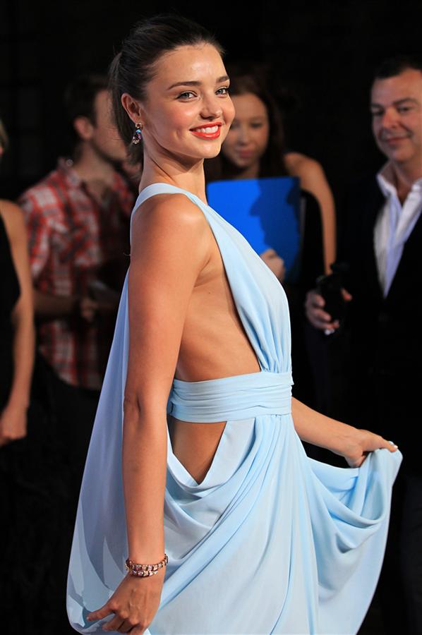 #TrendusTBT: Miranda Kerr'in Hafızalardan Silinmeyen Stil Görünümleri - #TrendusTBT: Miranda Kerr'in Hafızalardan Silinmeyen Stil Görünümleri