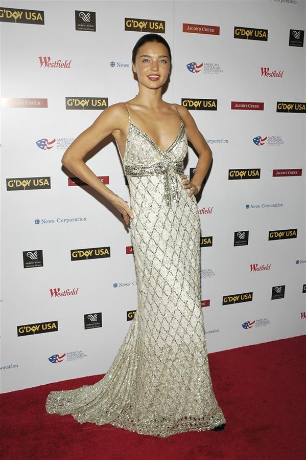 #TrendusTBT: Miranda Kerr'in Hafızalardan Silinmeyen Stil Görünümleri