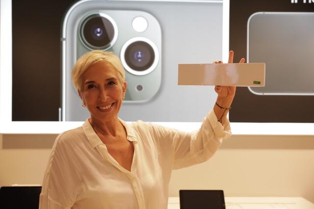 Türkiye'de satışı başlayan iPhone 11 İlk Kullanıcıları ile Buluştu! - Türkiye'de satışı başlayan iPhone 11 İlk Kullanıcıları ile Buluştu!