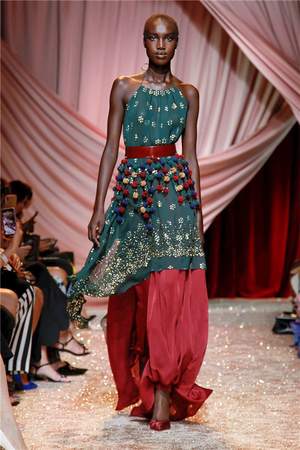 Ulyana Sergeenko Couture Sonbahar/Kış 2019