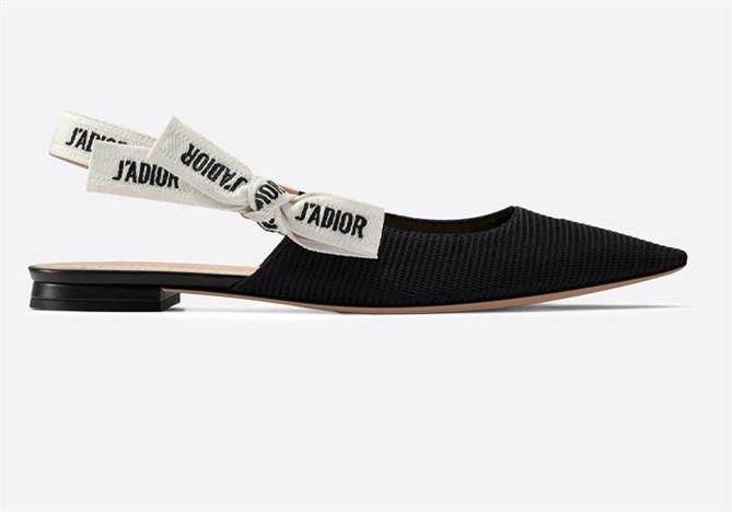 Ünlü İsimlerden İlhamla Günlük Rahat Ayakkabı Önerileri - Ünlü İsimlerden İlhamla Günlük Rahat Ayakkabı Önerileri