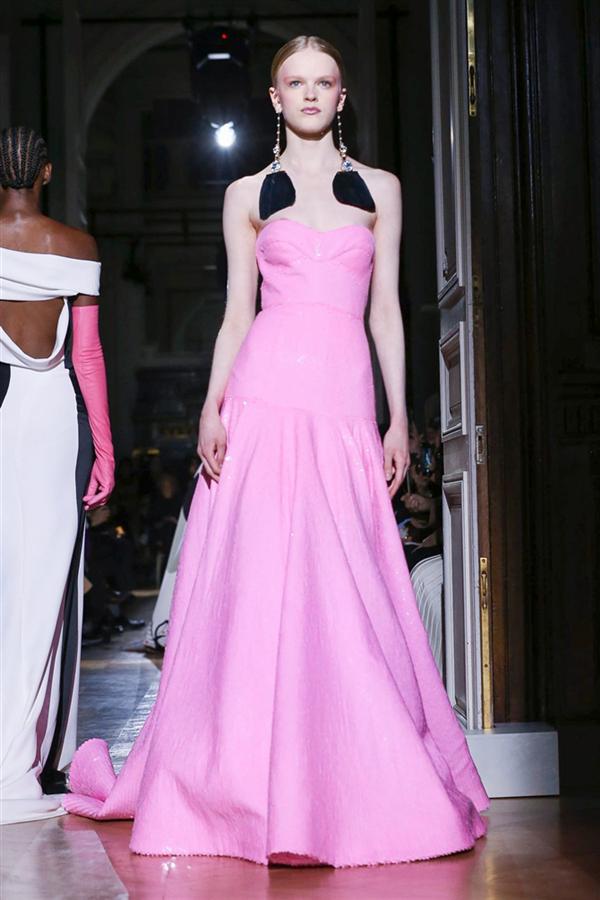Valentino Haute Couture İlkbahar/Yaz 2020 Tasarımları