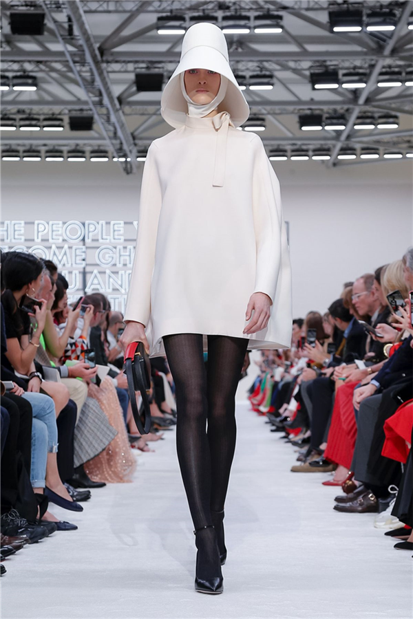 Valentino'dan Sanatın İzinde Sonbahar/Kış 2019 Tasarımları
