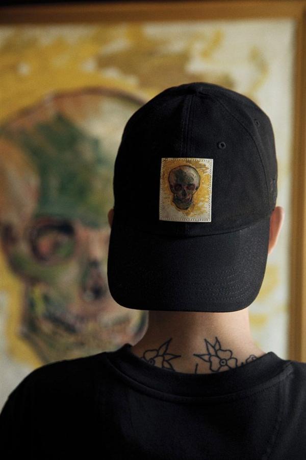 Van Gogh Eserleri Kıyafetlerle Birleşti
