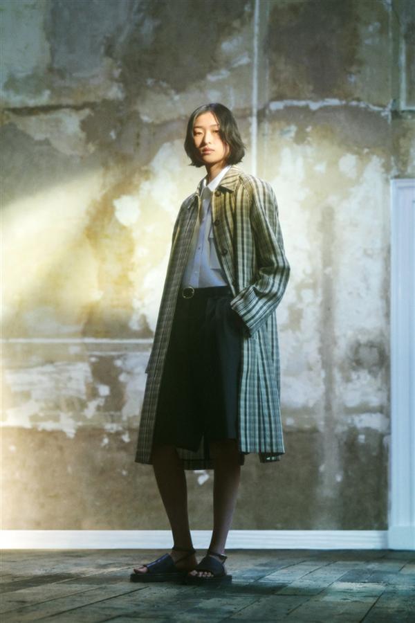 Victoria Beckham İlkbahar/ Yaz 2022 Koleksiyonundan Elegan Tasarımlar