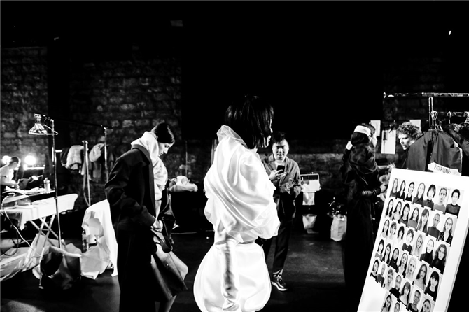Y-Project İlkbahar/Yaz 2020 Defilesinin Backstage'inden İlham Verici Anlar