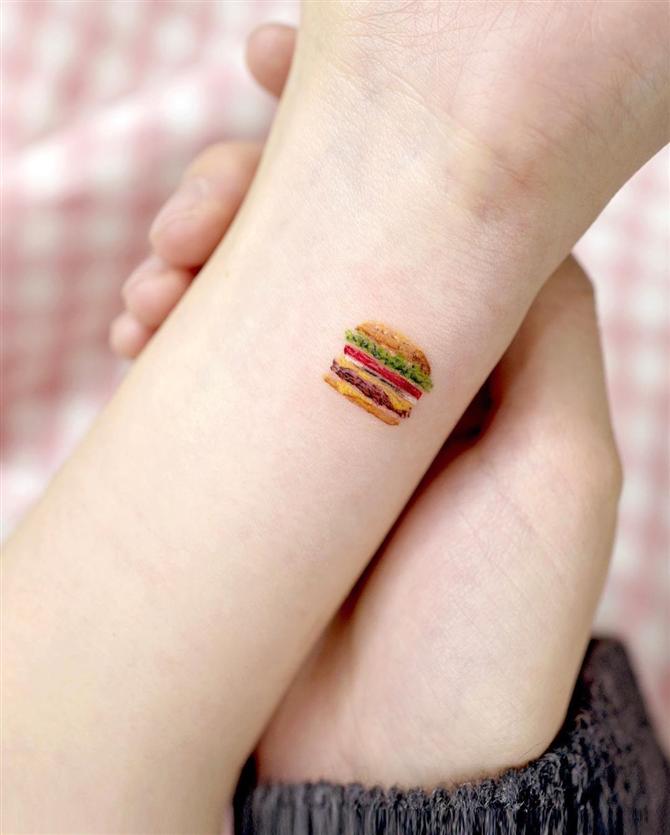 Yemekle Arası İyi Olanların İlgisini Çekecek Dövme Modelleri - Yemekle Arası İyi Olanların İlgisini Çekecek Dövme Modelleri