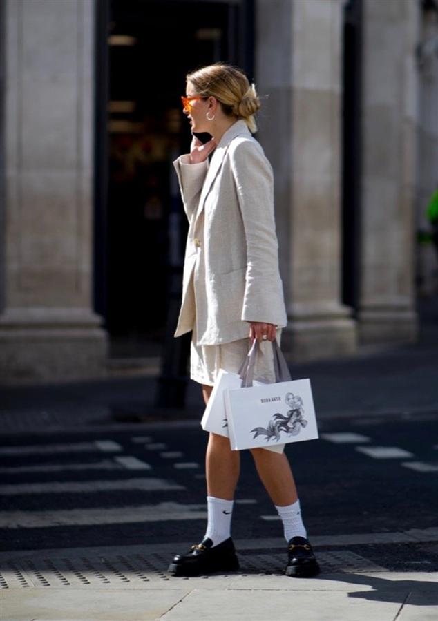 Yeni Normal: Londra Moda Haftası'ndan Öne Çıkan Sokak Stilleri