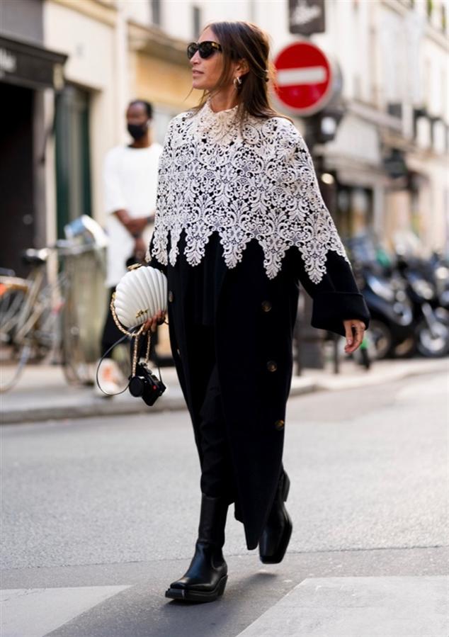 Yeni Normal: Paris Moda Haftası'ndan Öne Çıkan Sokak Stilleri