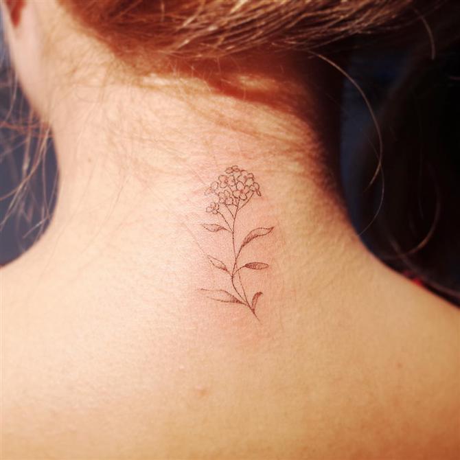 Yenilik Arayışında Olanlara Fikir Verecek Ense Dövmeleri