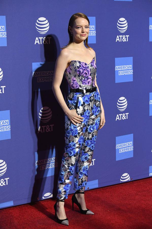 Yılın İlk Dikkat Çeken Kırmızı Halı Görünümü Emma Stone'dan Geldi - Yılın İlk Dikkat Çeken Kırmızı Halı Görünümü Emma Stone'dan Geldi