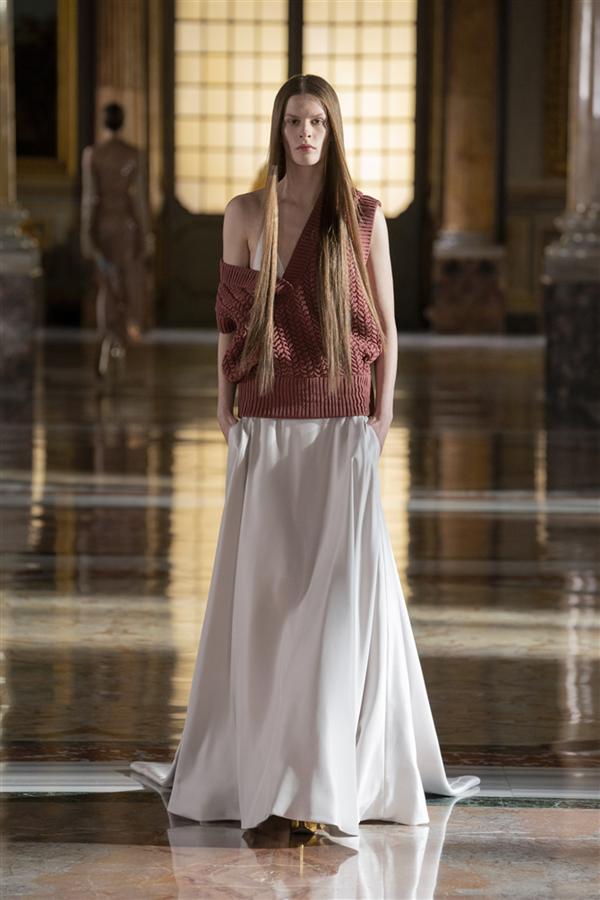 Zihin ve Vücut Arasında Bir Dans: Valentino İlkbahar 2021 Couture Koleksiyonu - Zihin ve Vücut Arasında Bir Dans: Valentino İlkbahar 2021 Couture Koleksiyonu