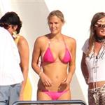 bar-refaeli-bikinisi