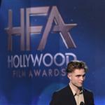 Robert Pattinson`un yeni saç modeli