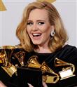 Adele Tarihe Geçti
