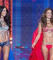 Adriana Lima ve Alessandra Ambrosio Olimpiyatlarda Görev Alacak