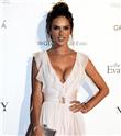 Alessandra Ambrosio ve Eva Longoria Global Gift Gala'da