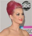 Katy Perry`nin makyajı