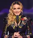 Madonna Afrikalı İkizleri Evlat Edindi