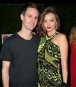 Miranda Kerr ve Evan Spiegel Nişanlandı