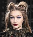 NYFW Anna Sui Defilesi Saç ve Makyaj