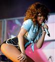 Rihanna arkadaşlarıyla tatilde