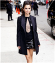 Selena Gomez Justin Bieber`ı unuttu