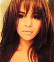 Selena Gomez kakül kestirdi